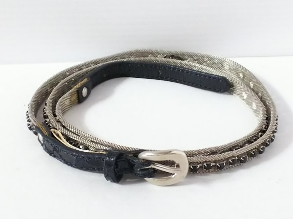 NANNI(ナンニ) ベルト シルバー×黒 型押し加工 金属素材×レザー×ラインストーン