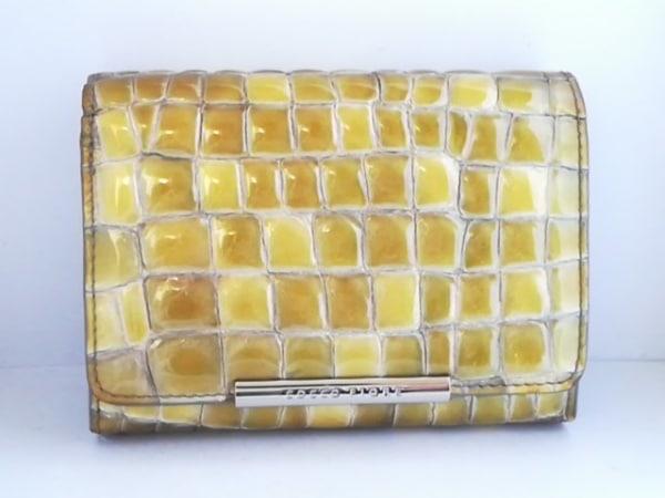 COCCO FIORE(コッコフィオーレ) 2つ折り財布 カーキ 型押し加工 エナメル(レザー)