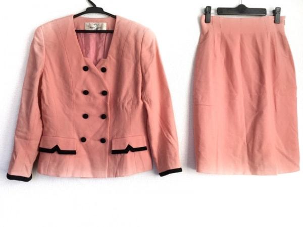 カールラガーフェルド スカートスーツ サイズ38 M レディース ピンク 肩パッド