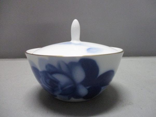 okura china(大倉陶園)(オオクラチャイナ) 食器新品同様  白×ネイビー 花柄 陶器