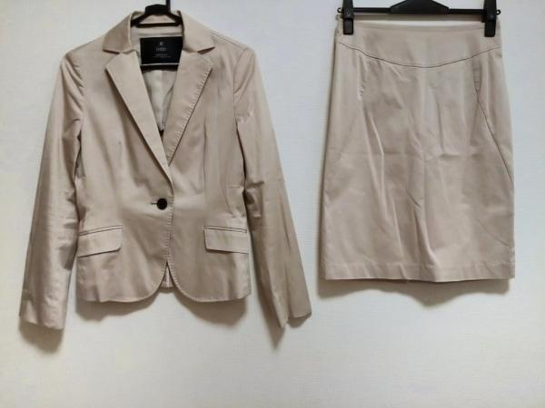 INED(イネド) スカートスーツ サイズ9 M レディース ベージュ