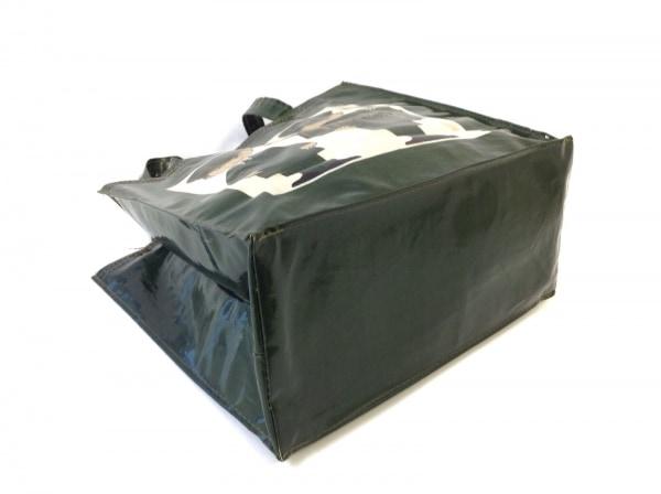 ハロッズ トートバッグ美品  グリーン×アイボリー×マルチ PVC(塩化ビニール)