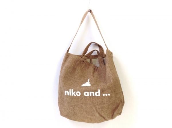 niko and...(ニコアンド) トートバッグ ライトブラウン×アイボリー 麻