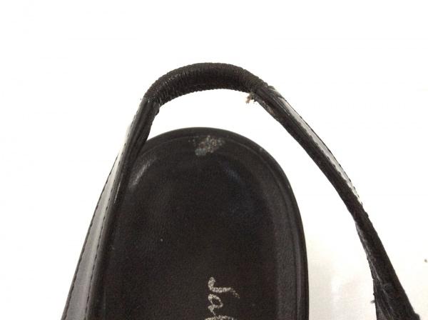 SalvatoreFerragamo(サルバトーレフェラガモ) サンダル 5 レディース - 黒×シルバー