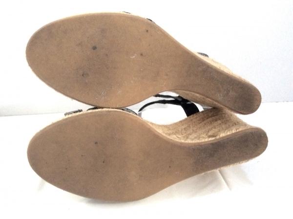 アーペーセー サンダル レディース 黒×ベージュ ウェッジソール エナメル(レザー)
