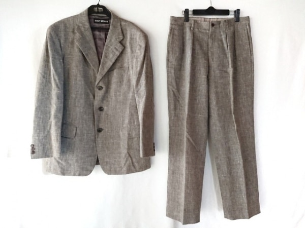 ISSEYMIYAKE(イッセイミヤケ) シングルスーツ サイズ3 L メンズ グレー