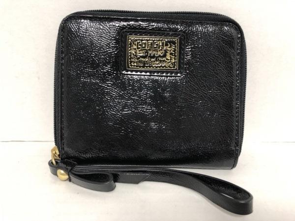 COACH(コーチ) 2つ折り財布美品  - F48082 黒 エナメル(レザー)