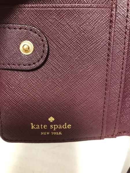 Kate spade(ケイトスペード) 2つ折り財布新品同様  WLRU2663 ボルドー レザー