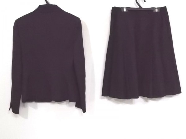 NATURAL BEAUTY(ナチュラルビューティー) スカートスーツ レディース 黒 肩パッド