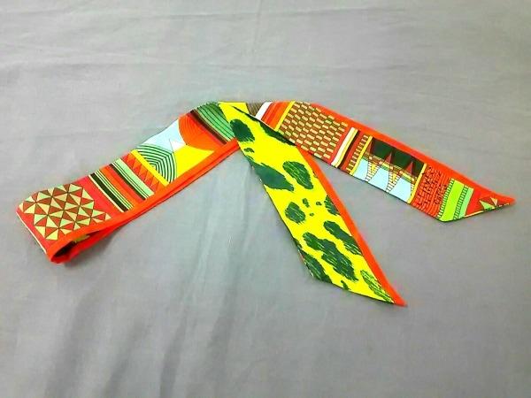 HERMES(エルメス) スカーフ美品  ツィリー オレンジ×グリーン×マルチ
