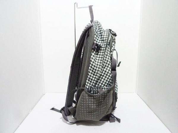 0aa6813d0083 ... THE NORTH FACE(ノースフェイス) リュックサック グレー×白 チェック柄 ナイロン ...