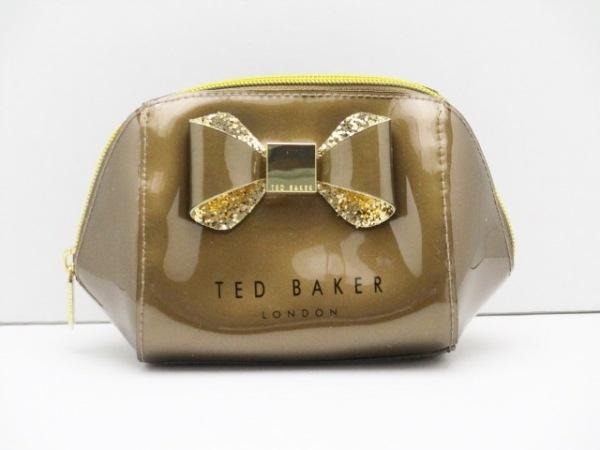TED BAKER(テッドベイカー) ポーチ美品  ブラウン リボン PVC(塩化ビニール)