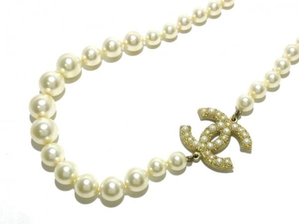 シャネル ネックレス美品  フェイクパール×金属素材 白×ゴールド ココマーク