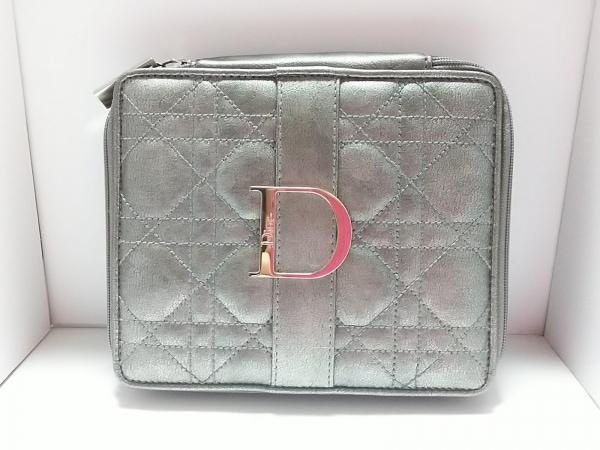 Dior Beauty(ディオールビューティー) 小物入れ シルバー コスメポーチ 合皮