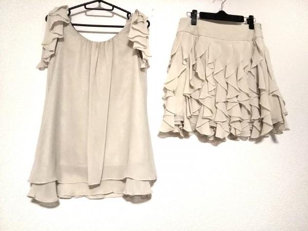 callas(カラス) スカートセットアップ サイズ36 S レディース美品  ベージュ フリル