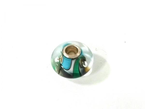 TROLLBEADS(トロールビーズ) ペンダントトップ新品同様  ガラス×シルバー