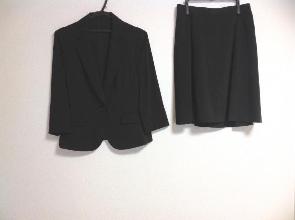 ru(アールユー) スカートスーツ レディース 黒×グレー ストライプ