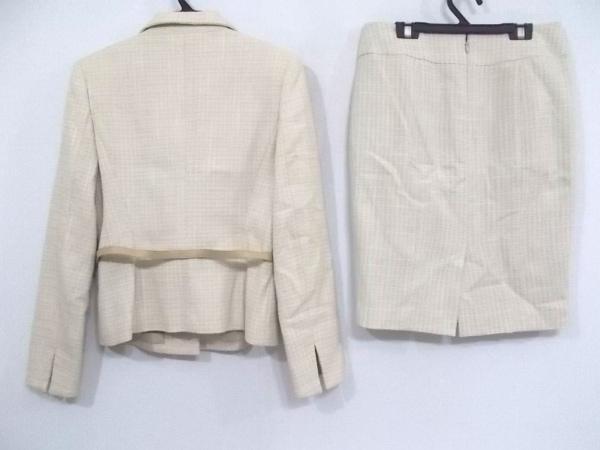 UNTITLED(アンタイトル) スカートスーツ サイズ2 M レディース アイボリー