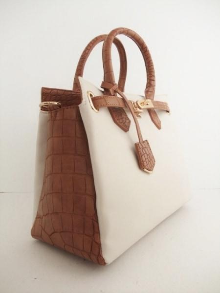 rienda(リエンダ) ハンドバッグ新品同様  アイボリー×ブラウン 型押し加工 合皮