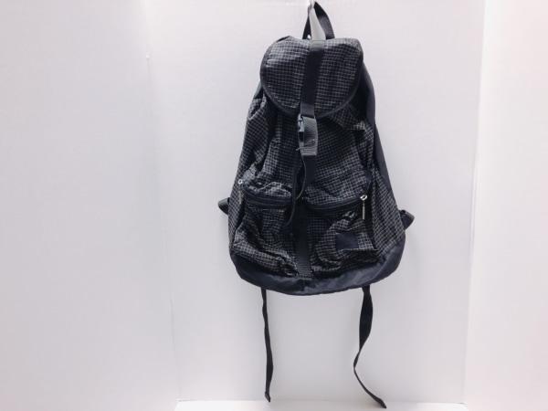 Upla(ウプラ) リュックサック 黒×アイボリー チェック柄 ナイロン