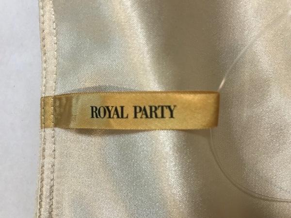 ROYALPARTY(ロイヤルパーティー) ワンピース サイズ38 M レディース美品  ベージュ
