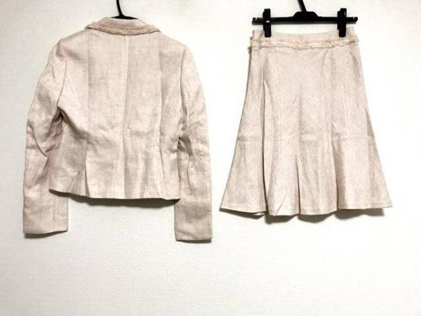 ミッシェルクラン スカートスーツ レディース美品  ピンク×白×シルバー