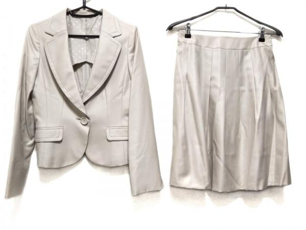ru(アールユー) スカートスーツ サイズ2 M レディース美品  ベージュ 肩パッド