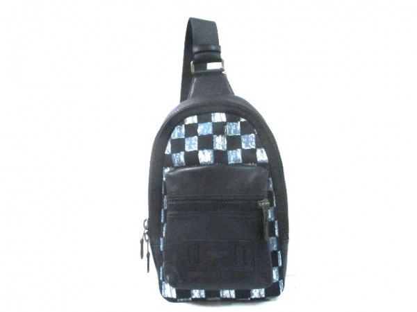 2c2e2c15a3f9 COACH(コーチ) ワンショルダーバッグ美品 - F11165 黒×ブルー×アイボリー ...