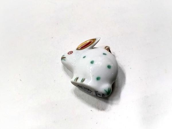 ヘレンド ペンダントトップ美品  陶器×金属素材 シルバー×ライトグリーン×マルチ