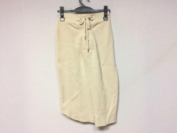 フィルメランジェ スカート サイズS レディース美品  アイボリー 編み上げ