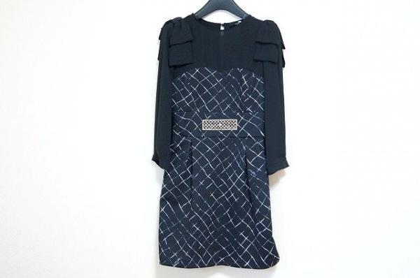エリザベッタフランキ ワンピース サイズ38 M レディース美品  黒×白×ゴールド