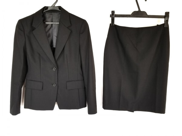 LES MUES(レミュー) スカートスーツ サイズS レディース 黒