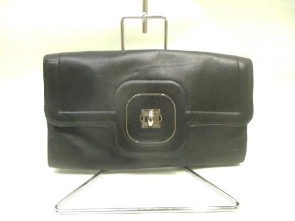 LONGCHAMP(ロンシャン) クラッチバッグ美品  黒 レザー