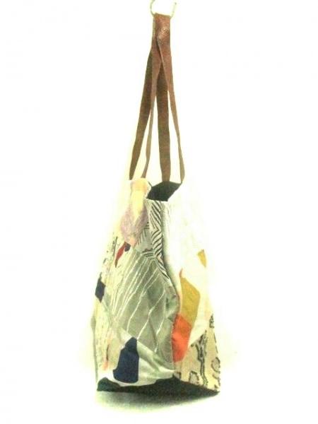 ミナペルホネン トートバッグ 白×グレー×マルチ パッチワーク 化学繊維×レザー