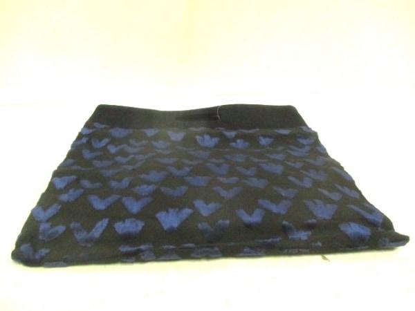 ミナペルホネン ハンドバッグ美品  黒×ブルー 麻×パイル×アクリル
