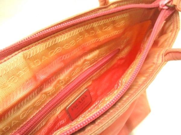 PRADA(プラダ) ハンドバッグ - ピンク ナイロン