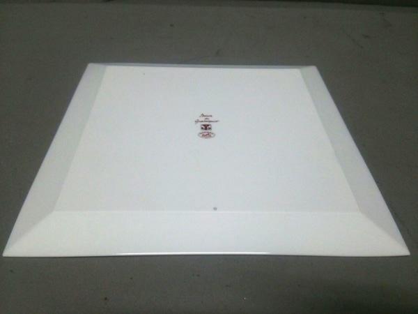 HERMES(エルメス) プレート新品同様  ガダルキヴィール 白×レッド 陶器