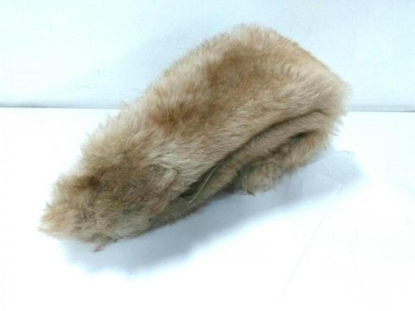 Moon Bat Fur(ムーンバットファー) マフラー美品  ベージュ×ライトブラウン ファー