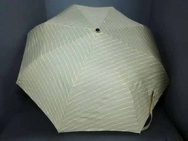 COACH(コーチ) 折りたたみ傘美品  アイボリー×白 ポリエステル