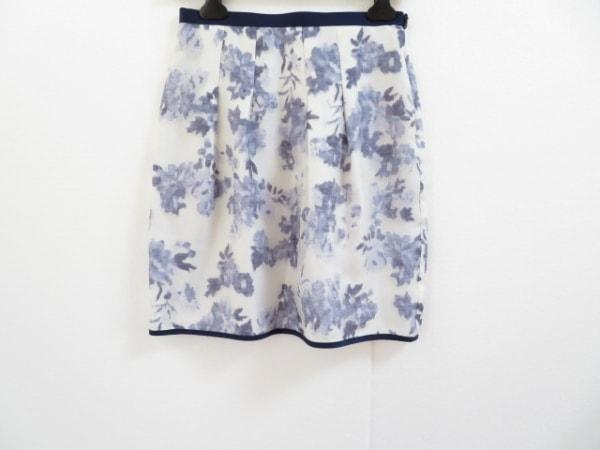 ジャスグリッティー スカート サイズ2 M レディース美品  アイボリー×ネイビー 花柄