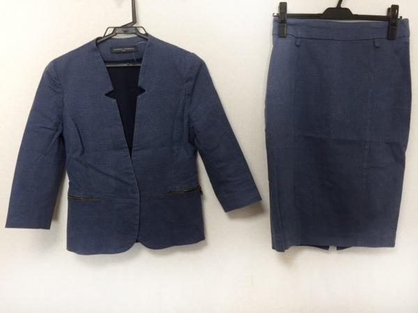 サンドロフェローネ スカートスーツ サイズ40 M レディース美品  ライトブルー