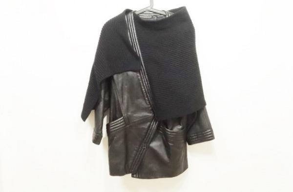 TRUSSARDI(トラサルディー) コート レディース 黒 冬物/レザー/ニット