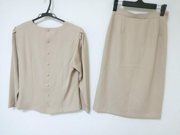 cacharel(キャシャレル) スカートスーツ レディース ベージュ 肩パッド