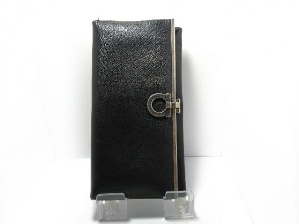 サルバトーレフェラガモ 長財布 ガンチーニ 黒×シルバー レザー×金属素材
