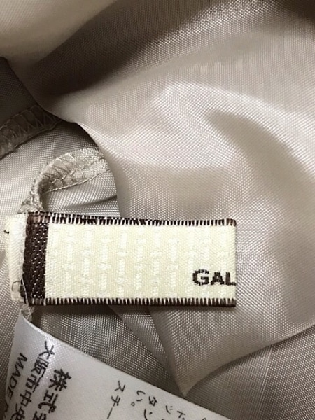 GALLARDAGALANTE(ガリャルダガランテ) ワンピース サイズF レディース美品  ベージュ