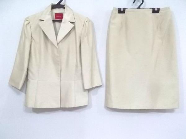 BOSCH(ボッシュ) スカートスーツ レディース美品  アイボリー