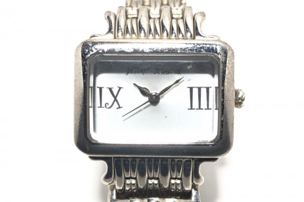BETSEY JOHNSON(ベッツィージョンソン) 腕時計 BJ6019 レディース シルバー