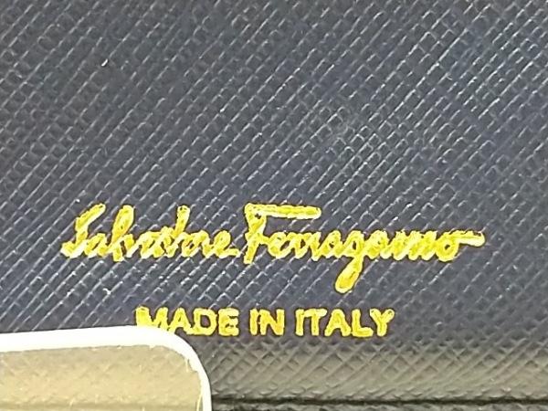 SalvatoreFerragamo(サルバトーレフェラガモ) 長財布 ヴァラ ネイビー レザー