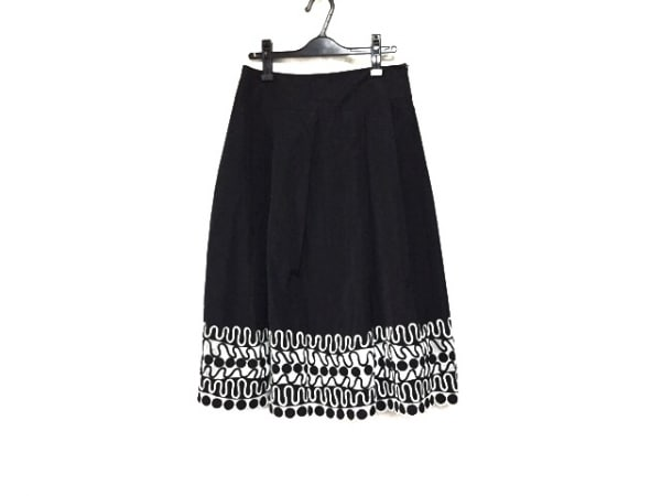 HIROKO KOSHINO(ヒロココシノ) ロングスカート サイズ40 M レディース美品  黒×白