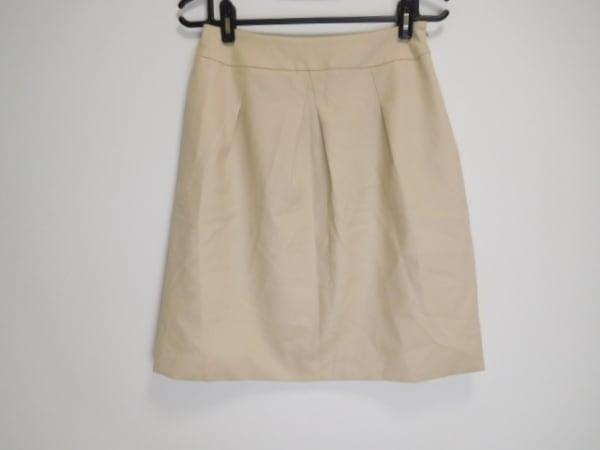 YUKITORII(ユキトリイ) スカート サイズ40 M レディース美品  アイボリー